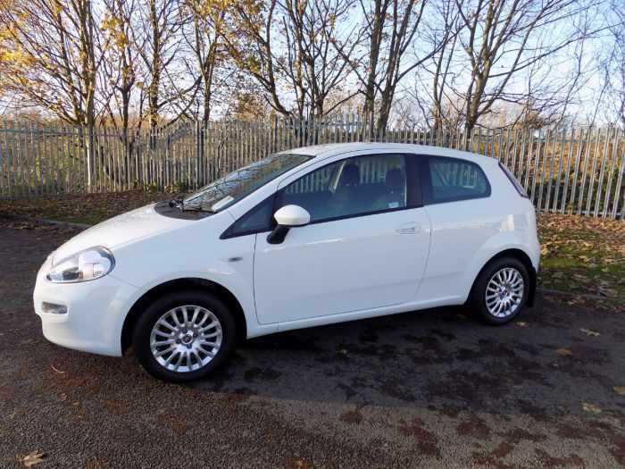 Fiat Punto 1.2 Pop 3dr Hatchback Petrol White
