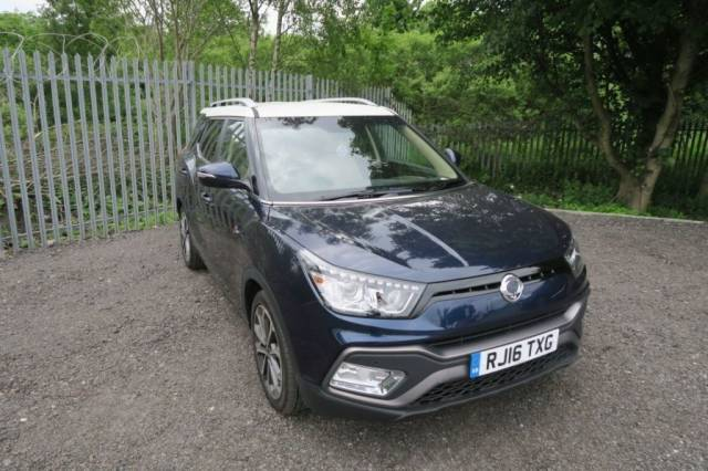 SsangYong Tivoli 1.6 D ELX 5dr 4X4 Estate Diesel Dandy Blue/white at Bescol Motors Bishop Auckland