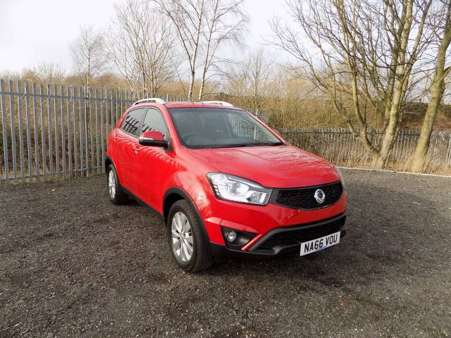 SsangYong Korando 2.2 EX 4x4 5dr Estate Diesel Indian Red at Bescol Motors Bishop Auckland